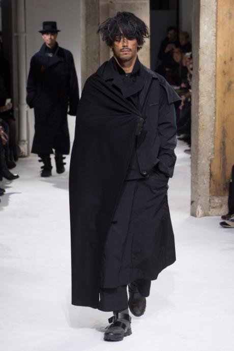 Yohji Yamamoto Menswear FW 2017 Paris41