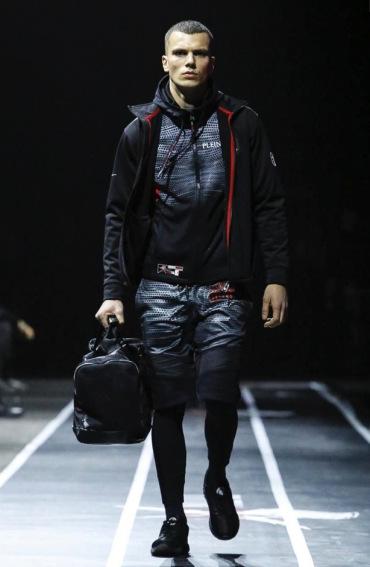 plein-sport-menswear-fall-winter-2017-milan54