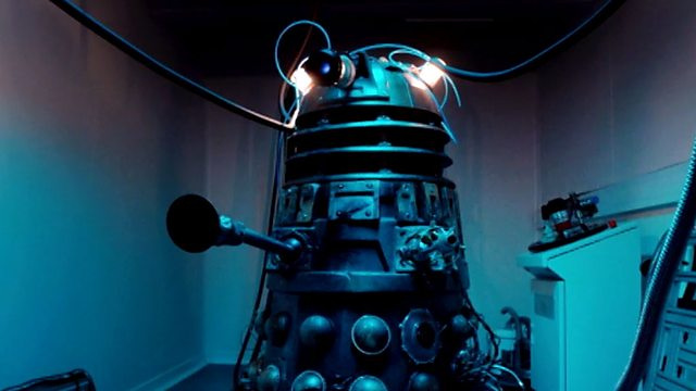 "MINUTE REVIEW: Doctor Who ""Into The Dalek"""