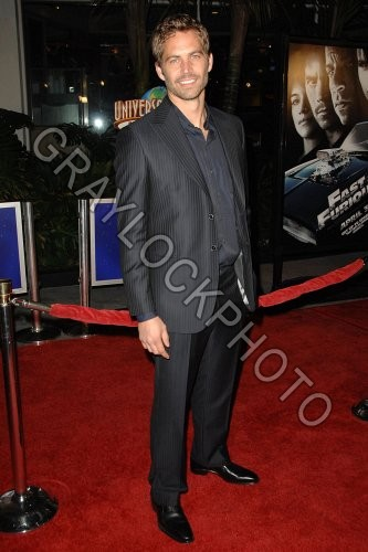 http://graylockphoto.com/ImageFolio42_files/cache/images/~Entertainment~20090312~World_Premiere_of_Fast_and_the_Furious~FastFurious1128.jpg