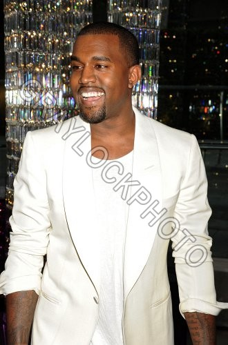http://graylockphoto.com/ImageFolio42_files/cache/images/~Entertainment~20110606~CFDA_Cocktail~KanyeWest1012.jpg