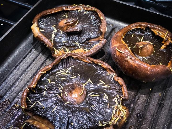 picture of grilled portobello mushrooms