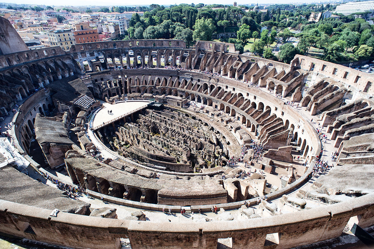 01_Tods_For_Colosseum_view_01