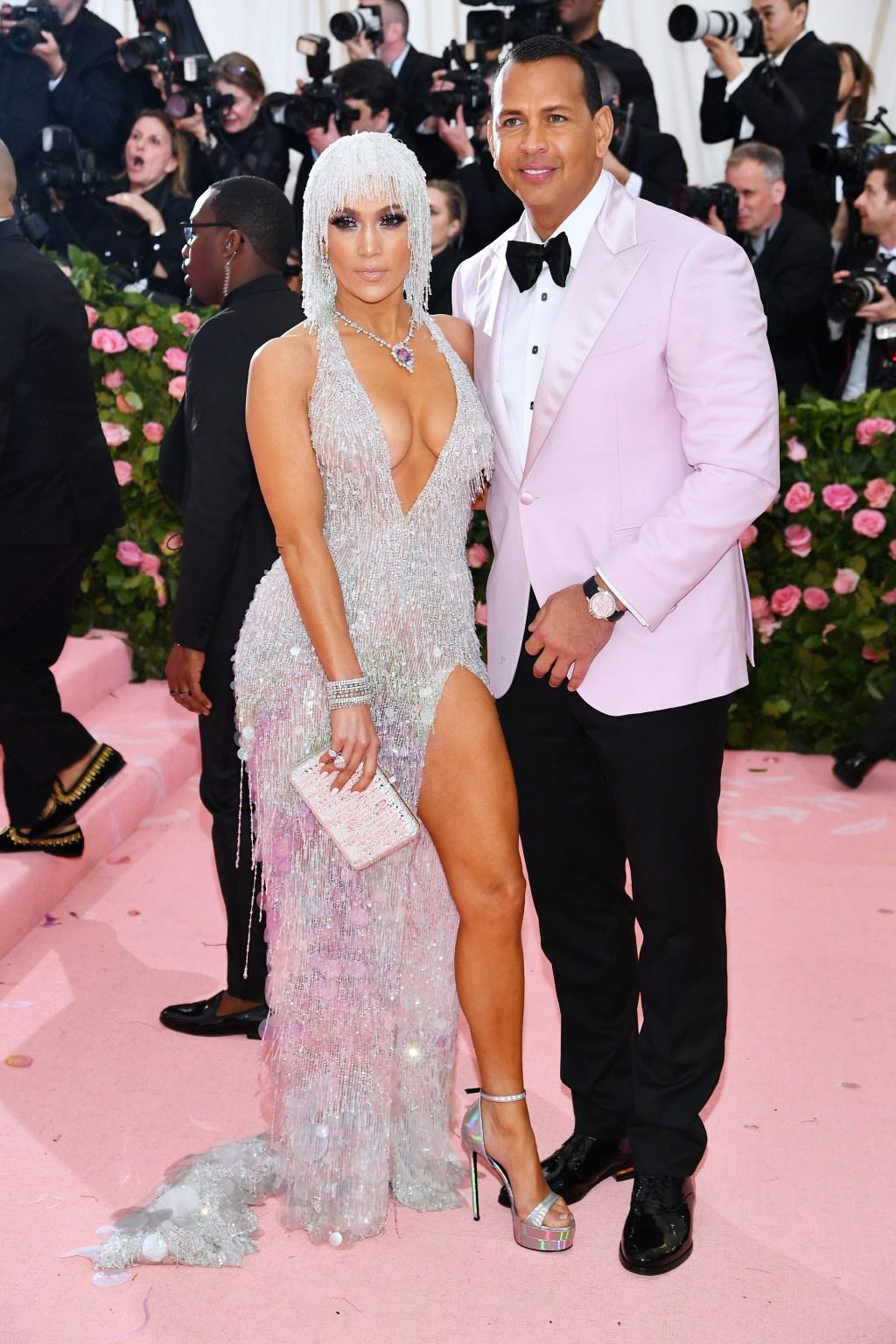 Jennifer Lopez met the gala
