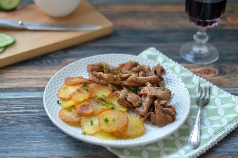 Pfannengyros mit Bratkartoffeln
