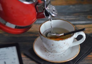 Orangen-Rosmarin-Tee