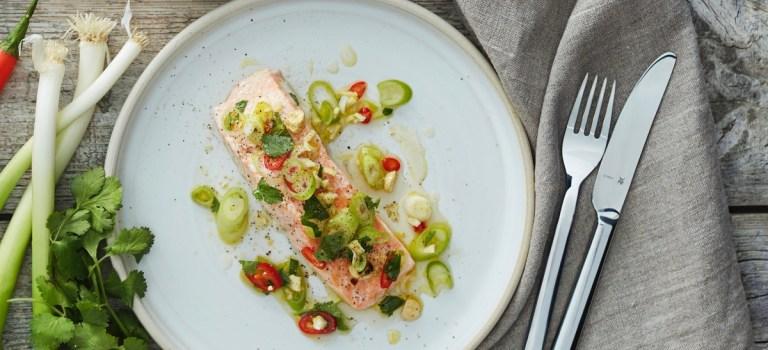 10 Tage, 10 Gerichte – Tag 8: Gedämpfter Lachs mit zitronigem Topping