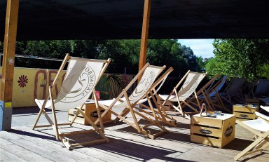 The many beach chairs