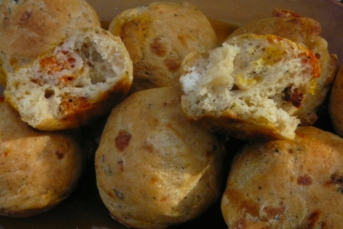 muffinki z serem i suszonymi pomidorami1