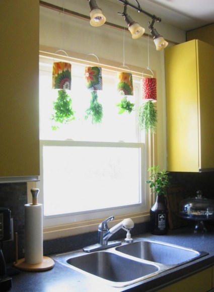 How to Turn Coffee Tins into a Hanging Herb Garden