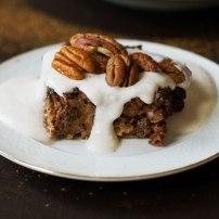 Oven baked pecan pear Oat pie with vanilla sauce