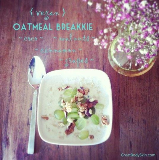 Vegan coconut oatmeal breakkie
