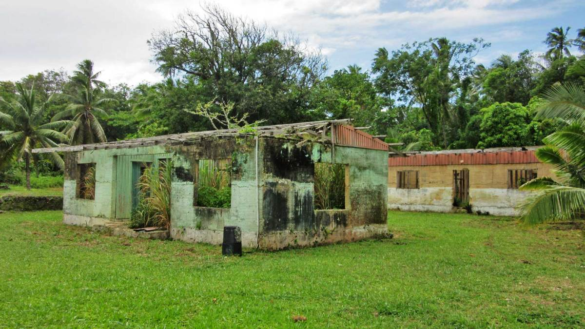niue-old-house-2