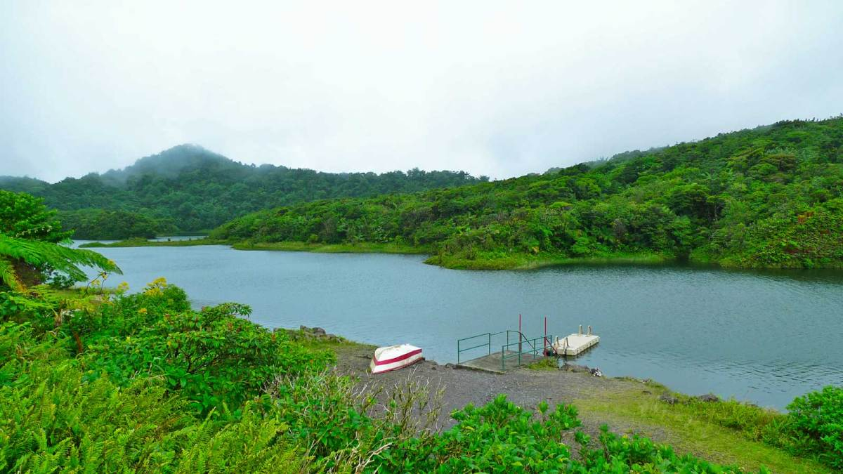 dominica_freshwater-lake