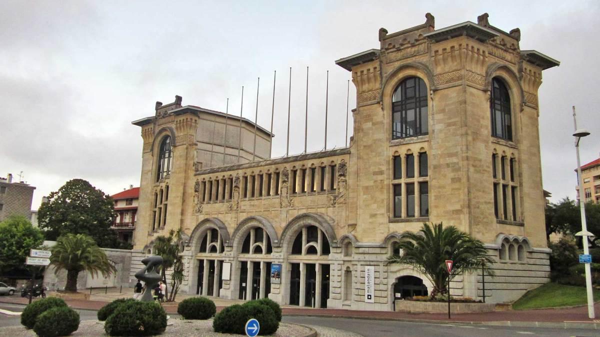 biarritz_building-1