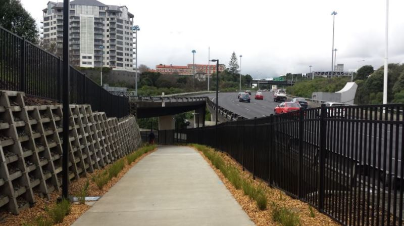 Grafton Gully Opening - Motorway Merge
