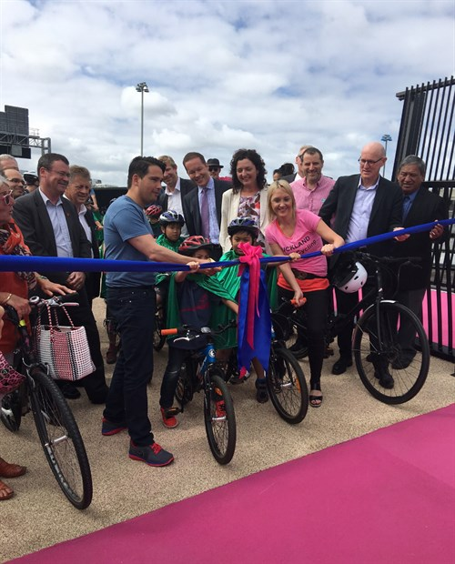 cycleway-opening-ceremony_500x620