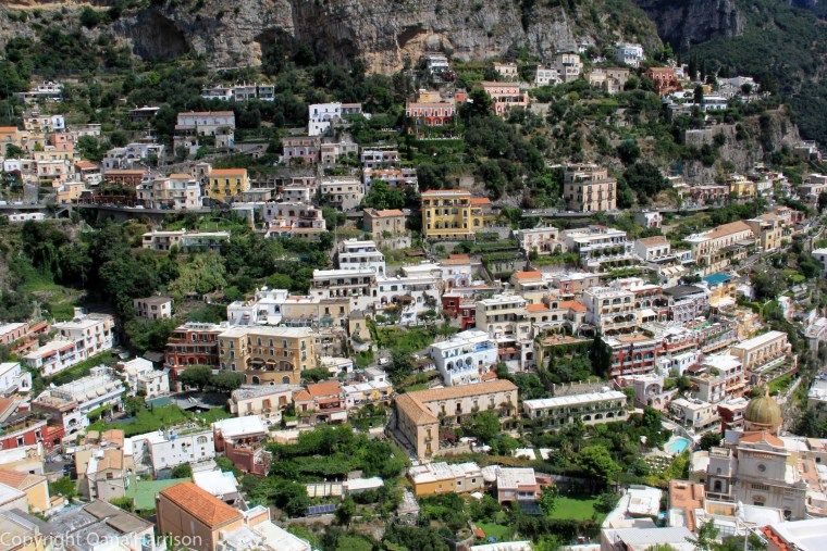 Colors of houses in Positano