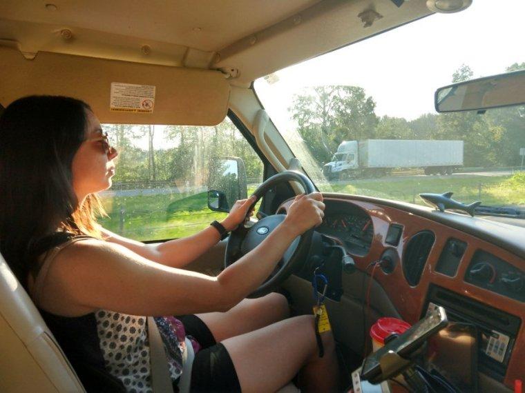 Oana-driving-RV-freedom-USA-tour