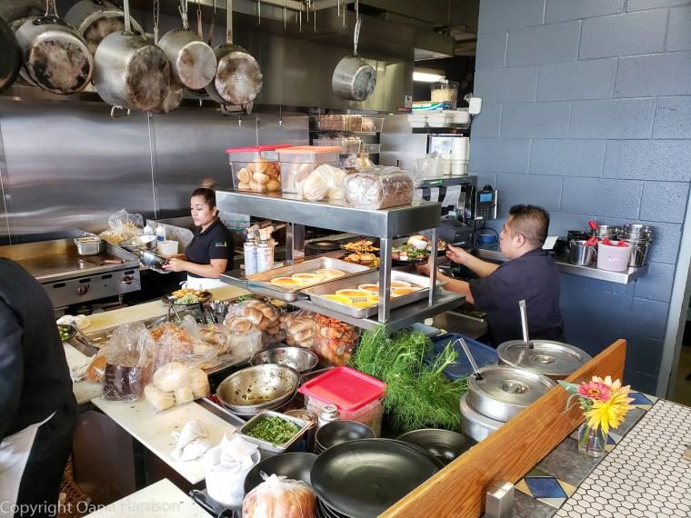 Local-Ocean-Newport-OR-5-kitchen