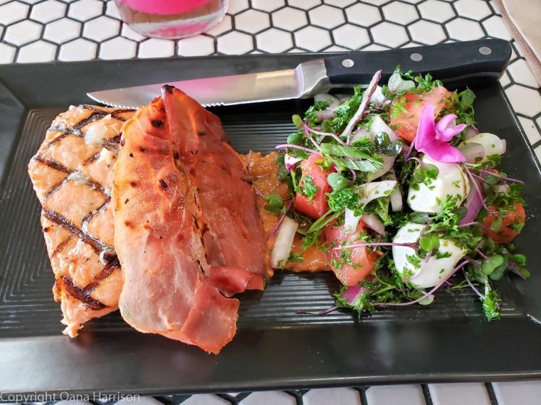 Local-Ocean-Newport-OR-7-fresh-fish-and-salad