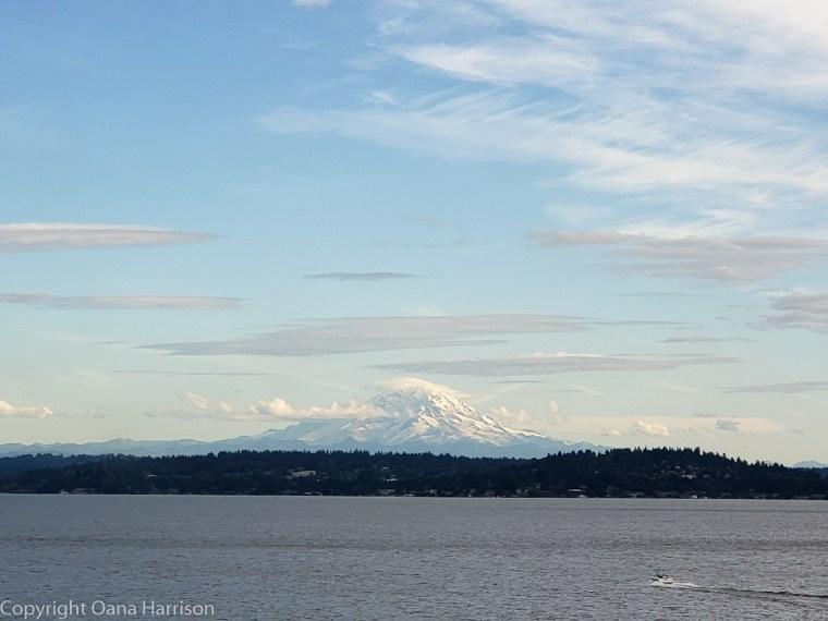 Seattle-WA-mountain-view