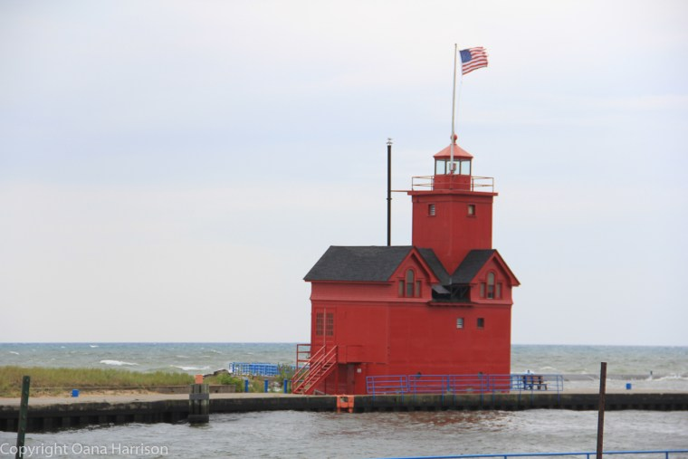 Holland-State-Park-Michigan-Big-Red-Lighthouse