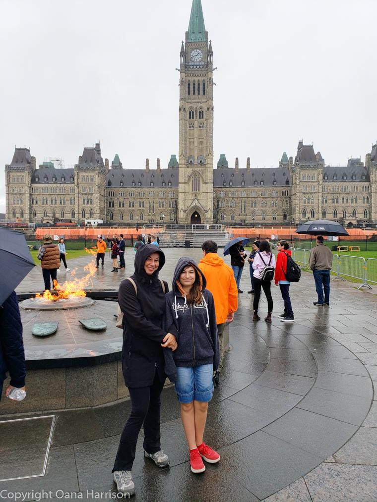 Ottawa-Canada-the-Parliament-Hill-cousins