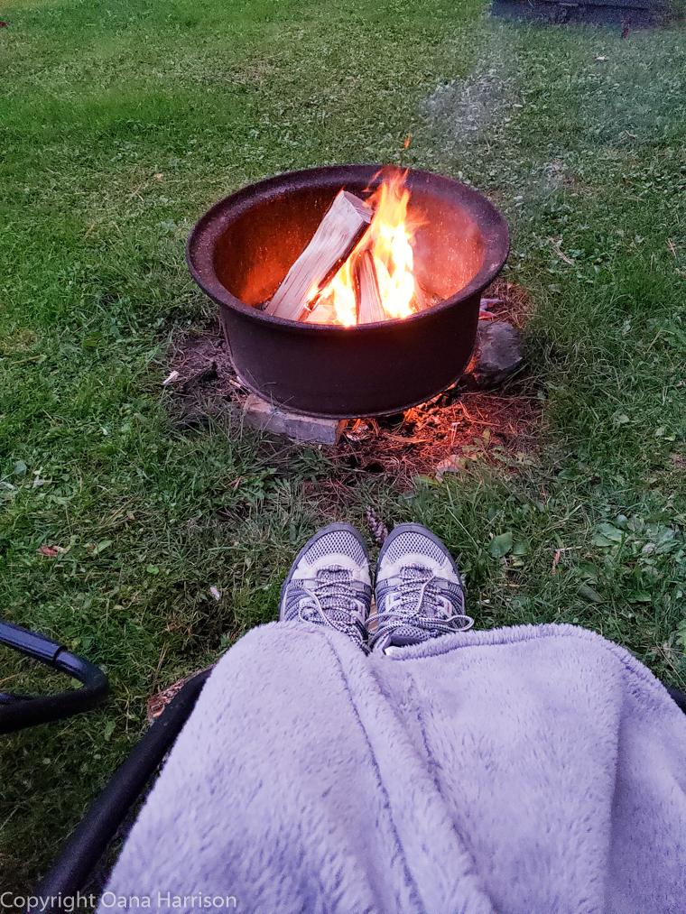 Royal-Mountain-NY-campfire