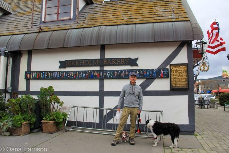 Solvang California, David and dogs at Bakery