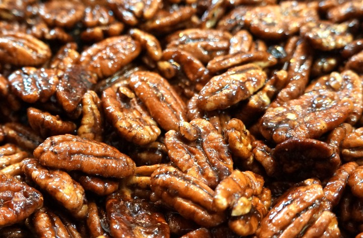 Keep stirring while the glaze thickens.  Make sure all the pecans are evenly coated and shiny.