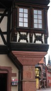 This house dates from 1594