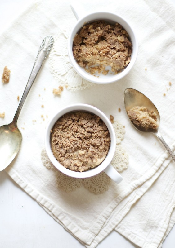 One-Minute Coffee Cake in a Mug