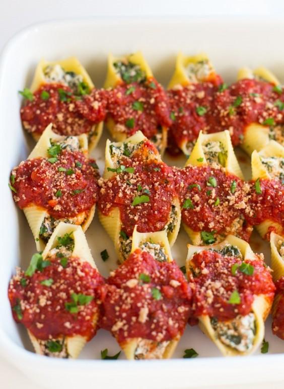 Cashew 'Ricotta' and Spinach Stuffed Shells Recipe