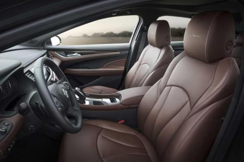2019-Buick-LaCrosse-Avenir-019