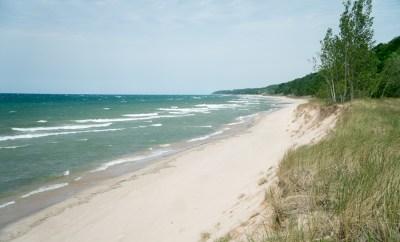 Small but Beautiful Warren Dunes State Park in Michigan