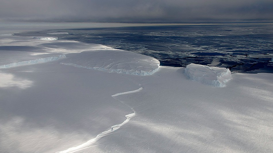 Antarctic ice sounds really creepy when it vibrates