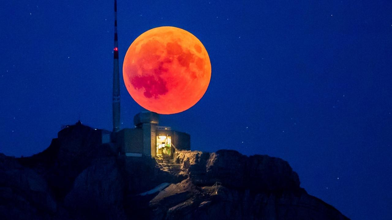 The Single Total Eclipse Supermoon In 2019 Is This Weekend Great