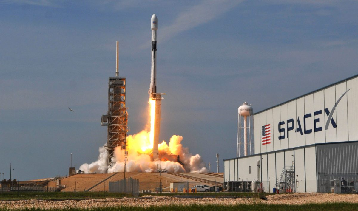 SpaceX Dragon Cargo Capsule Launch to the ISS Delayed to April 30​