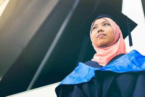 graduate-diploma-in-project management-ara-lady-getting-graduation-optimized-f