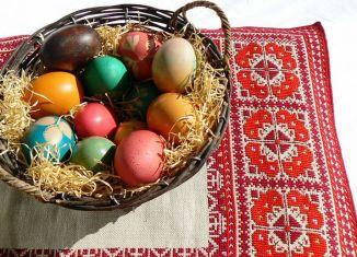 Românii vor cumpăra mai multe ouă de la țărani în perioada Paștelui Foto: Wikimedia Commons