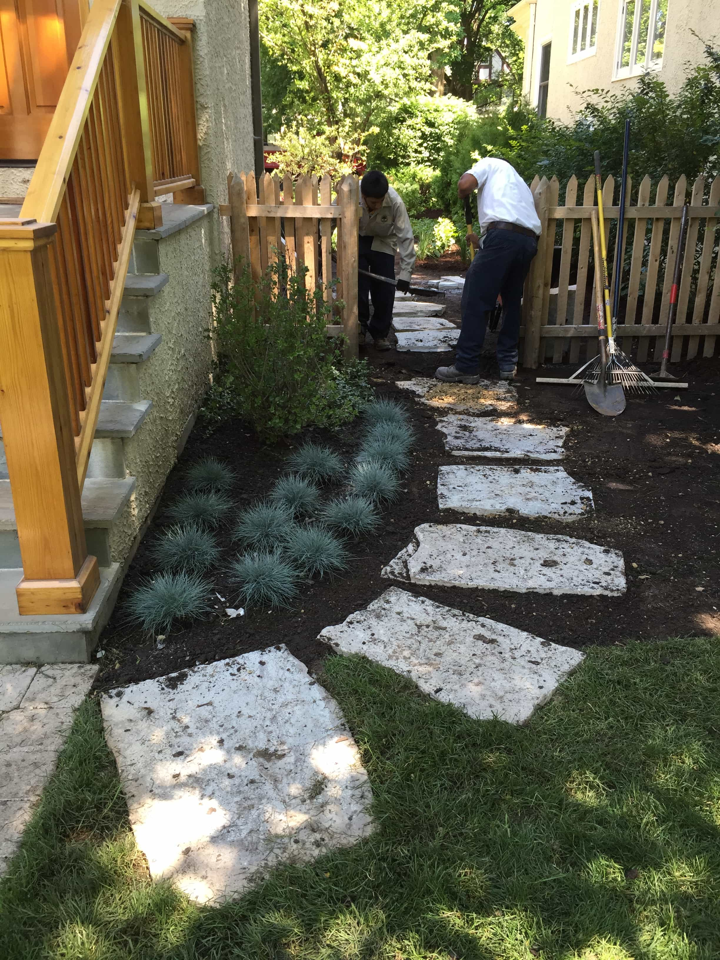 New Entry Garden Amp Flagstone Steppers Wilmette Il