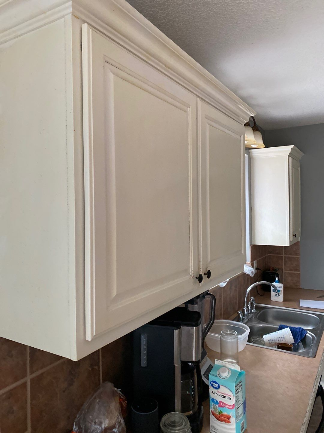 1 Mar 16 2020 01 34pm 34ho - Why it's expensive to paint cabinets - Overland Park