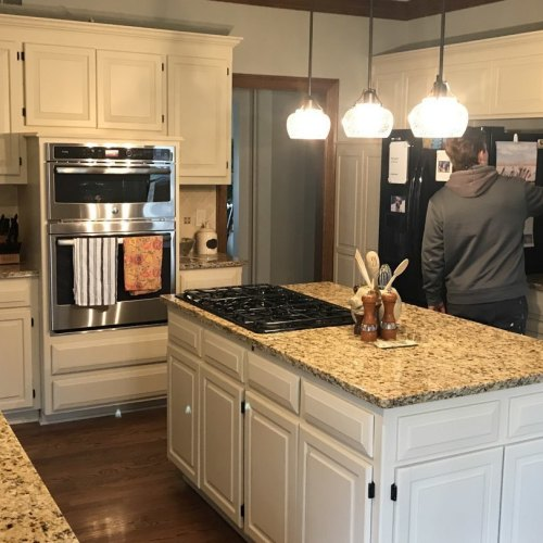 7 Mar 27 2018 11 49am r2A4 - Residential Cabinet Painting