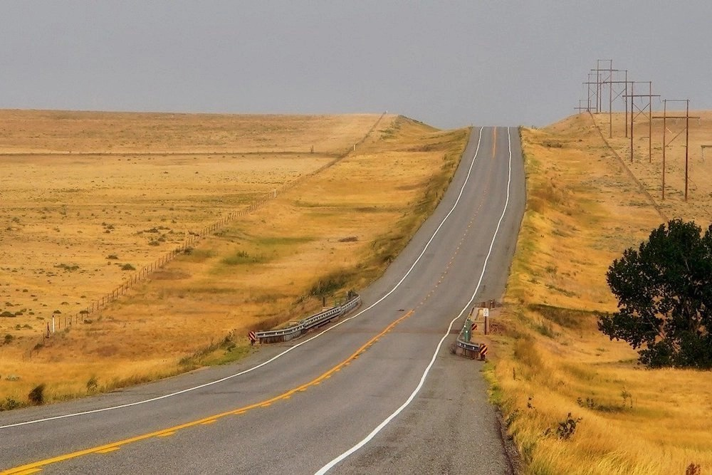 Drive Between Kansas City and Denver Hero