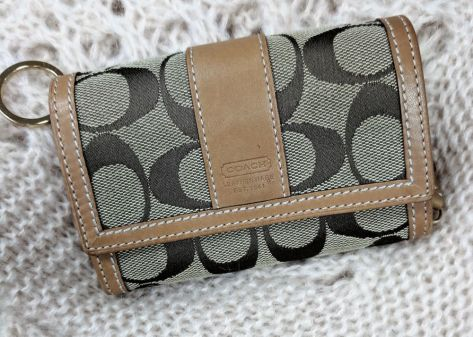 Coach Wallet tan and brown - $25