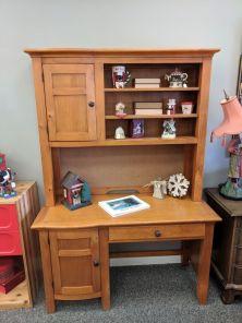 Desk w. Hutch $195
