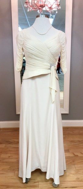 $69 Sz 10 Cream Gown