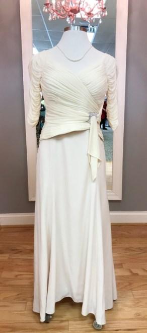 $69 Sz 10 Cream Gown