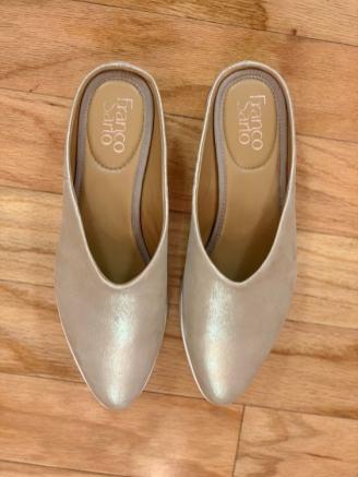 $25 size 8 Franco Sarto comfy gold mules